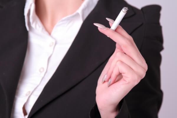 禁煙は健康にも美容にも良くない